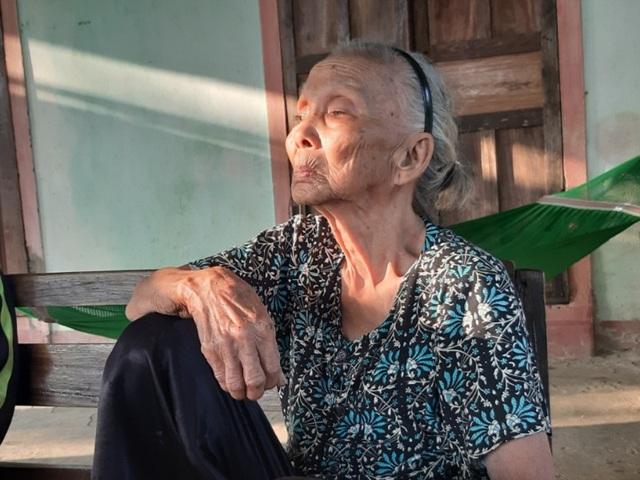 Oái oăm chuyện các cụ già không còn sức lao động được tặng bò để… thoát nghèo - 3