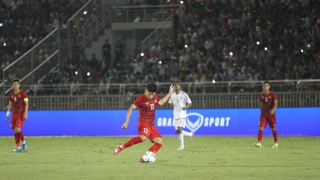 Sân Thống Nhất lung linh trong ngày U22 Việt Nam tái ngộ khán giả TPHCM - 3