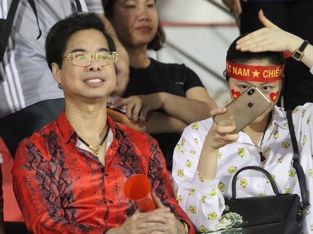 Sân Thống Nhất lung linh trong ngày U22 Việt Nam tái ngộ khán giả TPHCM - 6
