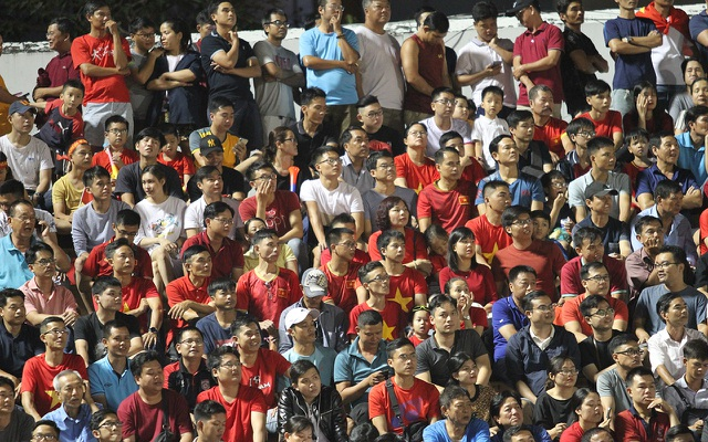 Sân Thống Nhất lung linh trong ngày U22 Việt Nam tái ngộ khán giả TPHCM - 10