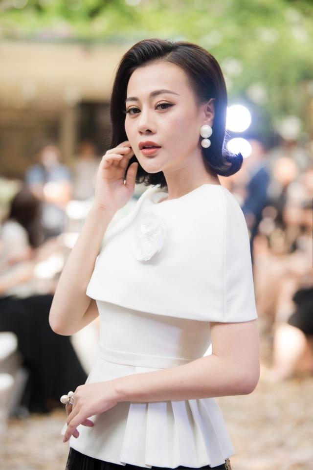 """Mai Phương Thuý tiết lộ thích """"đẻ cả bầy con"""" khi hội ngộ loạt bà bầu showbiz - 20"""
