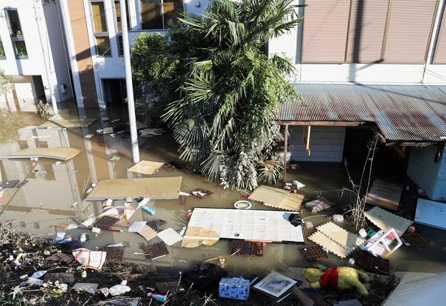 """Nhật Bản tan hoang sau siêu bão """"Quái vật"""" mạnh nhất trong 60 năm - 2"""