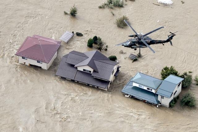 """Nhật Bản tan hoang sau siêu bão """"Quái vật"""" mạnh nhất trong 60 năm - 3"""