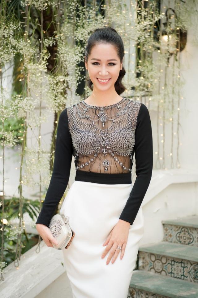 """Mai Phương Thuý tiết lộ thích """"đẻ cả bầy con"""" khi hội ngộ loạt bà bầu showbiz - 19"""