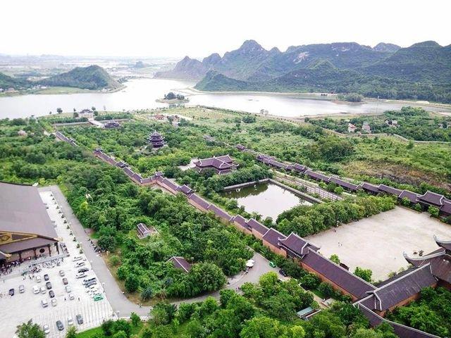 Sau ồn ào Bái Đính, Tam Chúc, rà soát việc cấp đất xây dựng chùa trên toàn quốc - 1