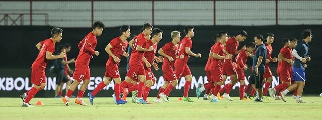 Đội tuyển Việt Nam bị Indonesia xem trộm, HLV Park Hang Seo không hài lòng - 18