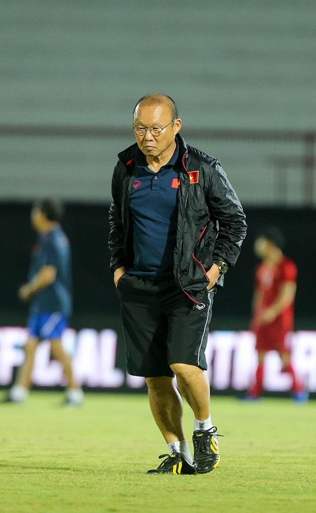 Đội tuyển Việt Nam bị Indonesia xem trộm, HLV Park Hang Seo không hài lòng - 8