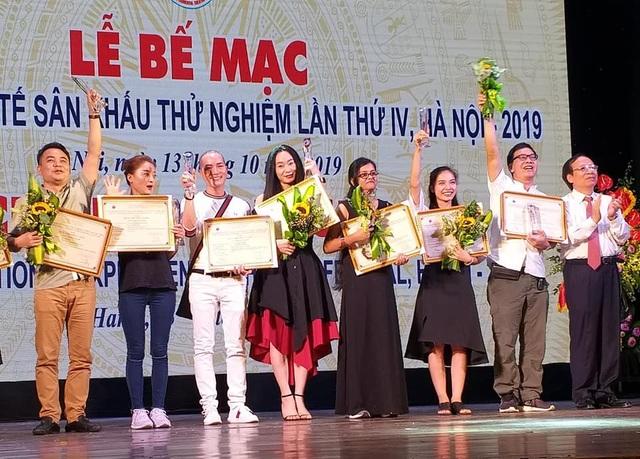 Quách Thu Phương bất ngờ đoạt Huy chương Vàng sau 10 năm nghỉ diễn - 3