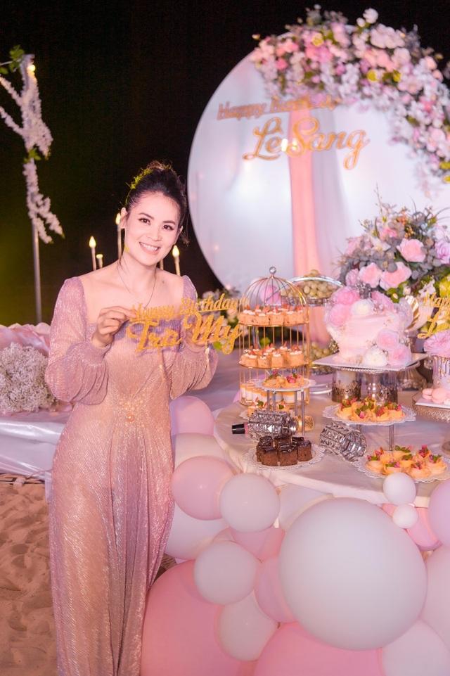 Sinh nhật sang chảnh bên bờ biển của người đẹp Hoa hậu Hoàn vũ - 4