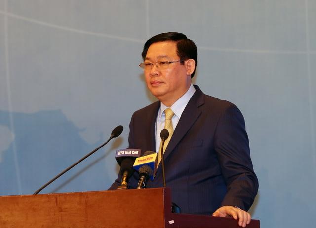 """Phó Thủ tướng phê bình lãnh đạo Bộ Tài chính, TNMT """"vắng mặt"""" tại Diễn đàn Kinh tế - 1"""
