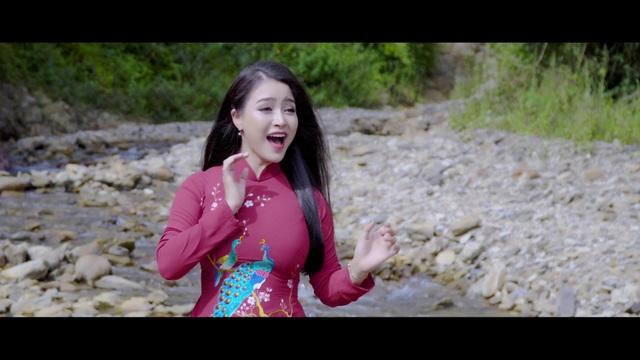 Đinh Trang hát mừng Ngày Phụ nữ Việt Nam 20/10 - 2