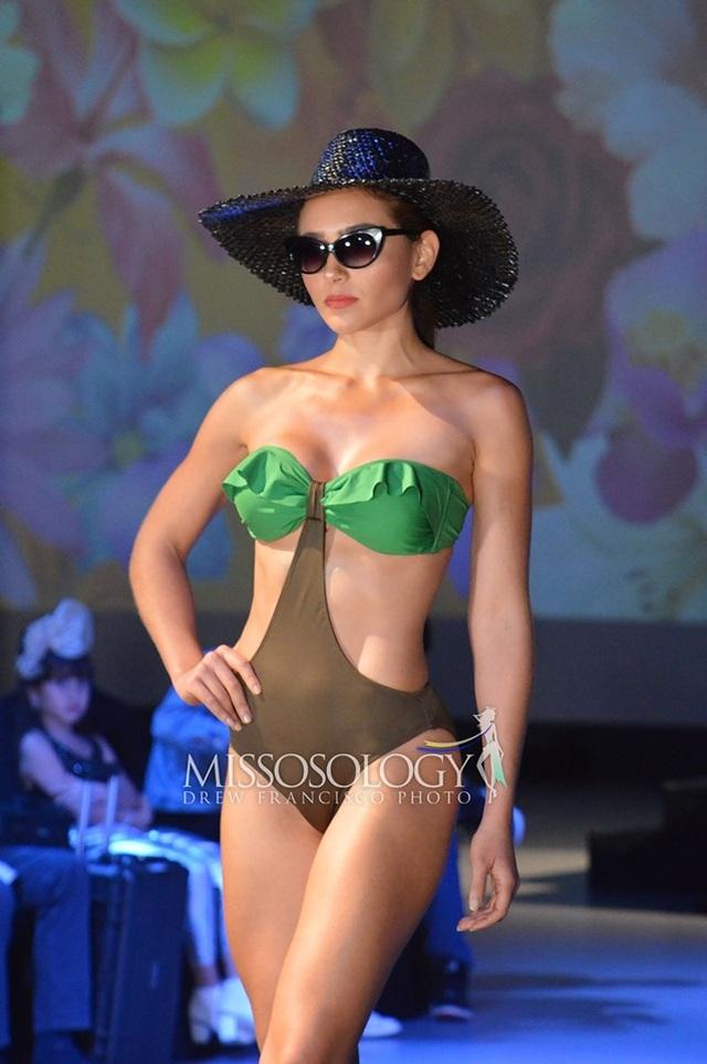 Thí sinh Hoa hậu Trái đất 2019 khoe thể hình trong phần thi áo tắm - 17