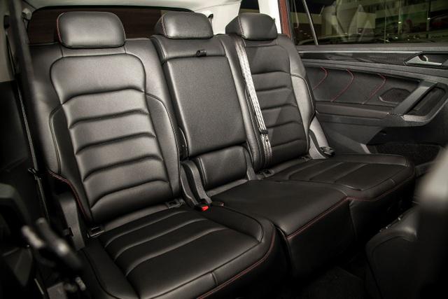 Tặng 1 năm bảo hiểm vật chất và bảo dưỡng khi mua VW Tiguan Allspace - 4