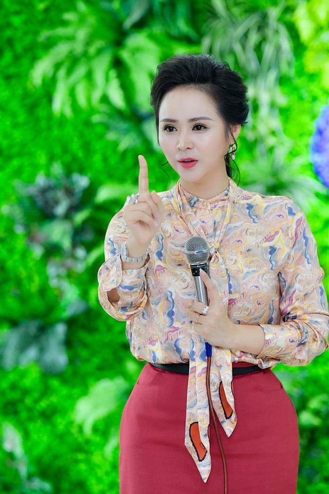 Một ngày trở lại làm cô giáo của Nữ hoàng Bùi Thanh Hương tại trường Đại học edX - 4