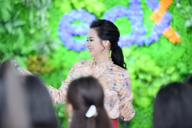 Một ngày trở lại làm cô giáo của Nữ hoàng Bùi Thanh Hương tại trường Đại học edX - 7