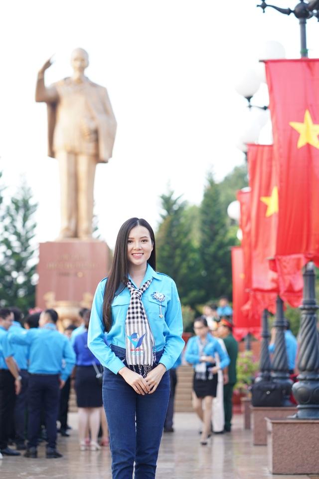 Hoa khôi Huỳnh Thúy Vi vào Ban chấp hành Hội Liên hiệp Thanh niên Cần Thơ - 4