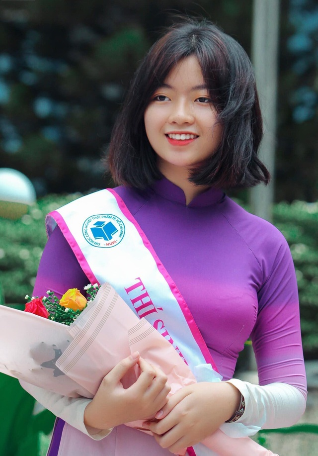 Nữ sinh Sài thành tươi xinh trong cuộc thi Duyên dáng áo dài - 10