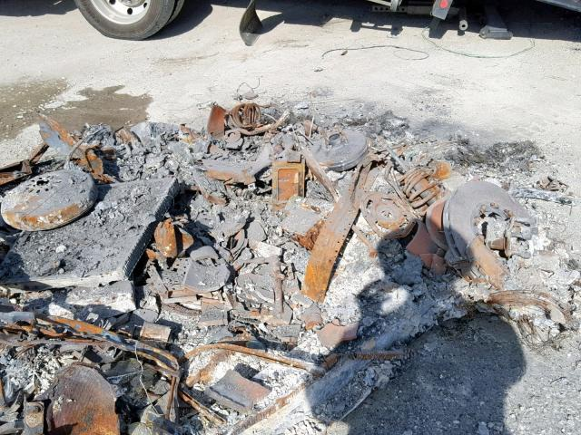 Khó hiểu chuyện rao bán siêu xe đã cháy thành sắt vụn - 5