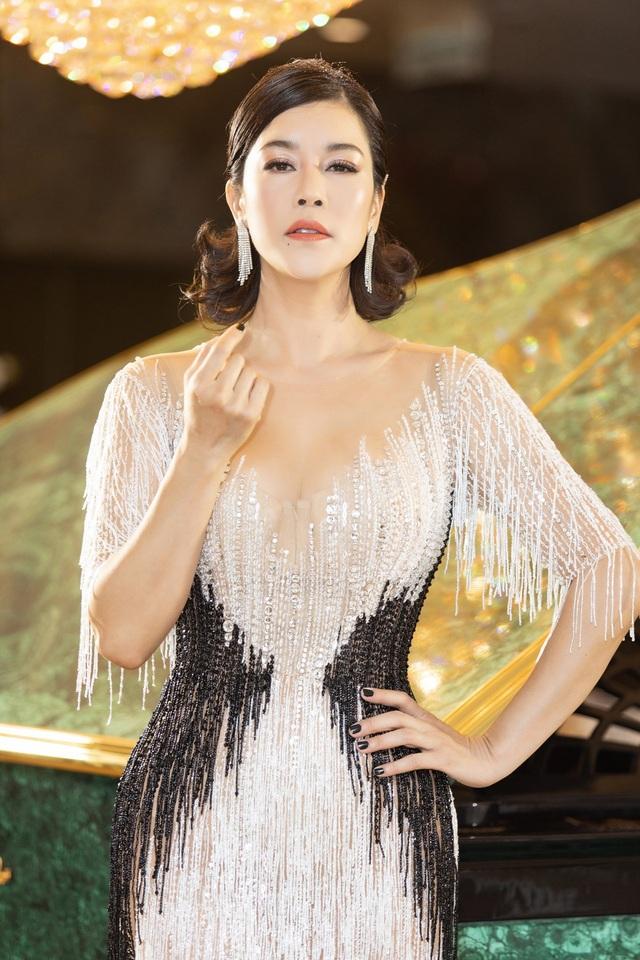 Hoa hậu Diệu Hoa, ca sĩ Thu Phương dự show diễn của Hoàng Hải tại Hà Nội - 2