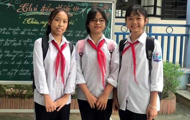 Ba học sinh nhặt được 50 triệu đồng, nhờ công an tìm người đánh rơi - 1