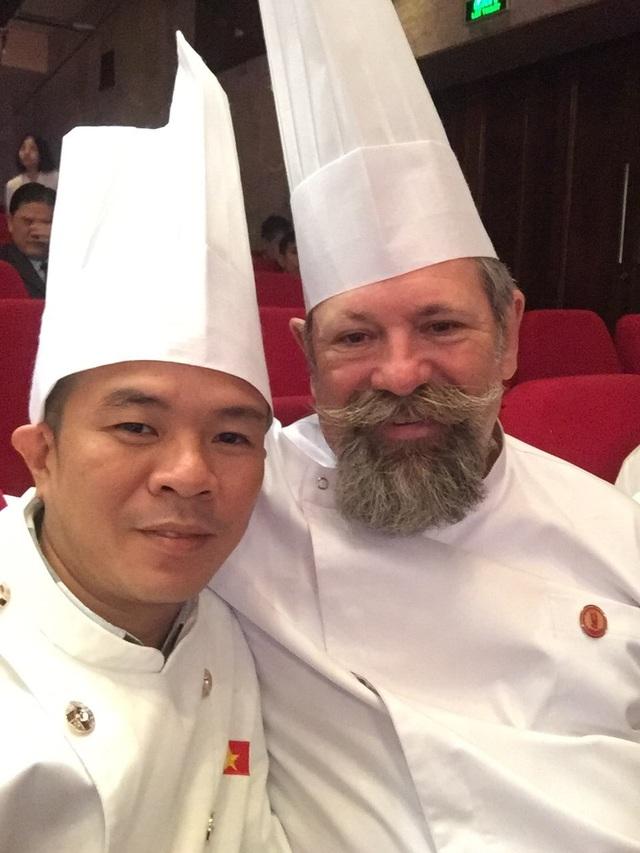 Chân dung bếp trưởng mang ẩm thực Huế ra thế giới - 2