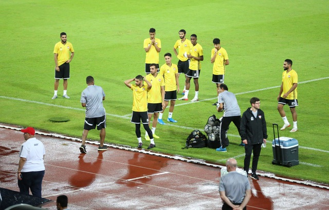 Tuyển UAE từ chối tập làm quen sân trước trận đấu gặp Thái Lan - 7