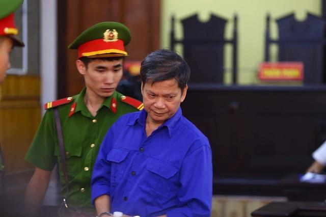Vụ gian lận thi Sơn La: Bắt tạm giam nguyên Phó giám đốc Sở GDĐT sau phiên xử - 3