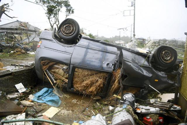 """Cảnh đổ nát sau siêu bão """"Quái vật"""" khiến 35 người chết tại Nhật Bản - 11"""