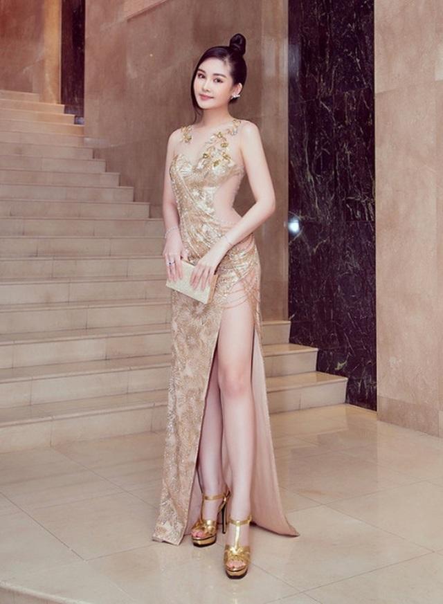 Hoa hậu Tiểu Vy bị chê khi thay đổi hình ảnh - 13