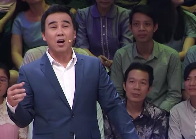 """MC Quyền Linh: """"Tôi từng phải đi bán bánh đúc, bánh lọt, rao khản cả cổ"""" - 2"""