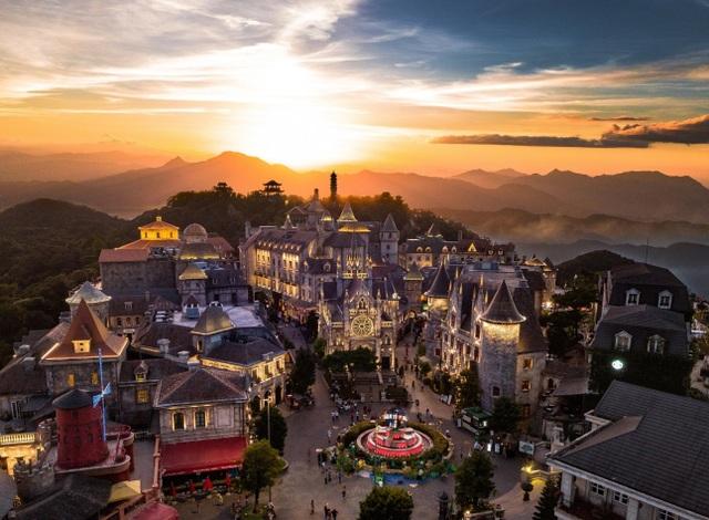 """Sun World Ba Na Hills nhận giải thưởng """"Công viên chủ đề hàng đầu Việt Nam"""" - 2"""