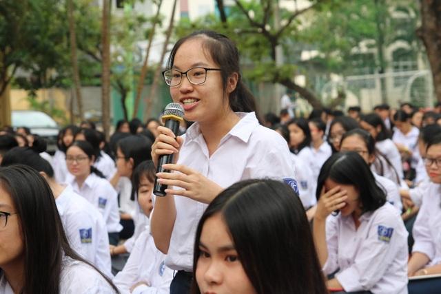Hà Nội: Đặt chỉ tiêu chuẩn đầu ra ngoại ngữ đối với học sinh lớp 12 - 6