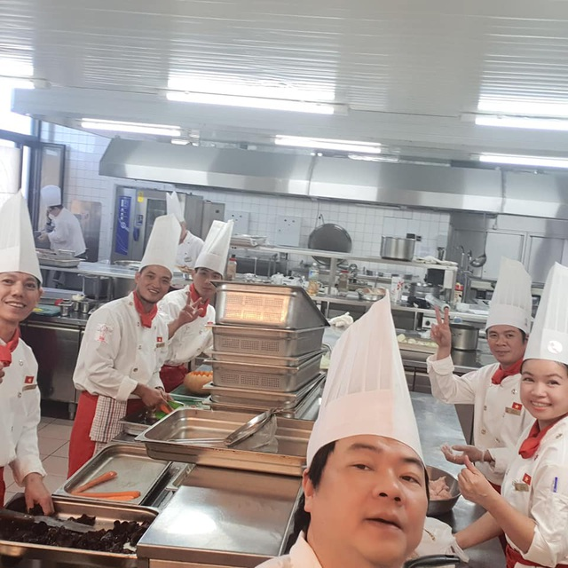 Chân dung bếp trưởng mang ẩm thực Huế ra thế giới - 8