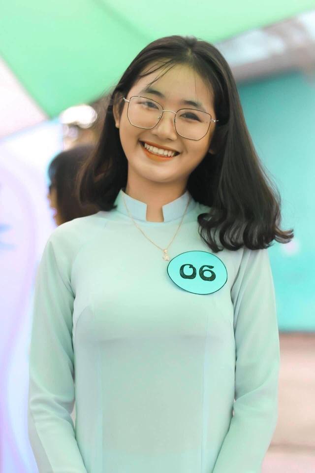 Nữ sinh Sài thành tươi xinh trong cuộc thi Duyên dáng áo dài - 3