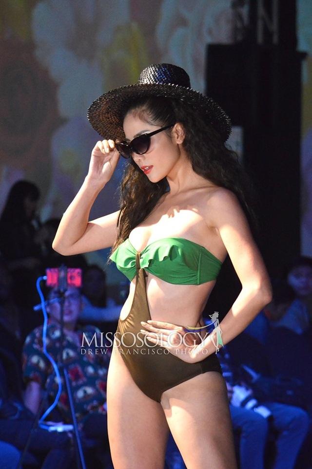 Thí sinh Hoa hậu Trái đất 2019 khoe thể hình trong phần thi áo tắm - 1