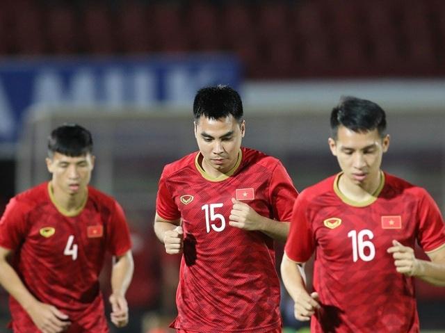 Indonesia 1-3 Việt Nam: Chiến thắng thuyết phục - 25