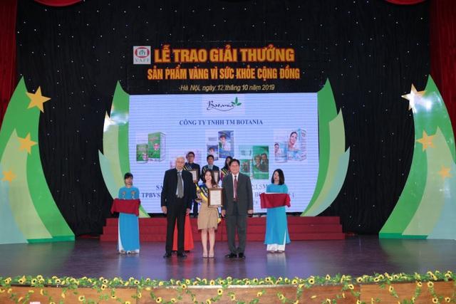 """Công ty Botania lần thứ 4 nhận giải thưởng """"Sản phẩm vàng vì sức khỏe cộng đồng"""" - 2"""