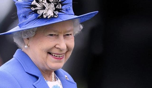 Đây là vị vua giàu nhất thế giới hiện nay – sở hữu tài sản gấp 80 lần Nữ hoàng Anh - 2