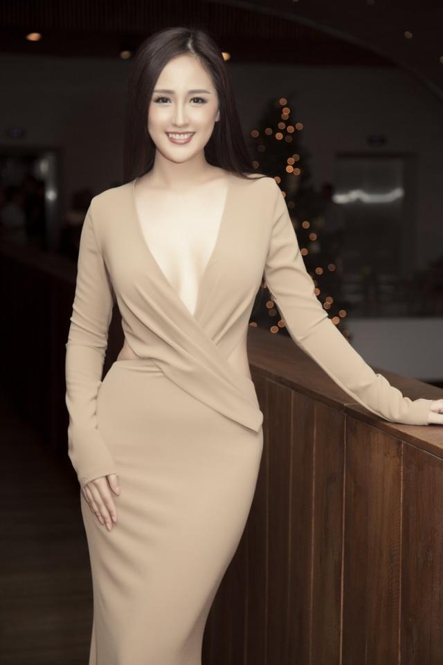 """Mai Phương Thuý: """"Không phải hi sinh sự nghiệp đã sớm lấy chồng sinh một bầy con"""" - 7"""