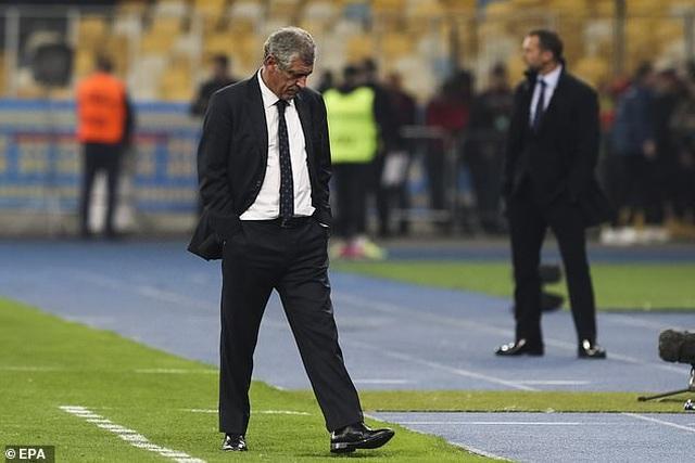 C.Ronaldo cán mốc 700 bàn thắng, Bồ Đào Nha vẫn thua Ukraine - 6