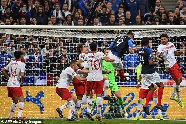 Tuyển Pháp chia điểm, chia hy vọng dự Euro 2020 cùng Thổ Nhĩ Kì - 1