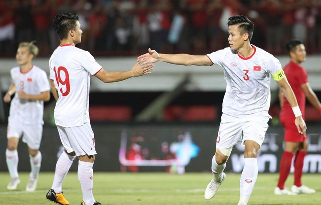 Indonesia 1-3 Việt Nam: Chiến thắng thuyết phục - 4