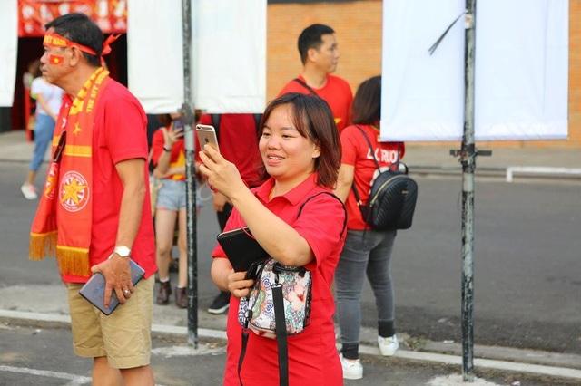 Indonesia 1-3 Việt Nam: Chiến thắng thuyết phục - 42