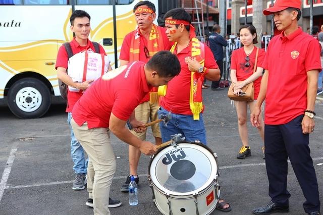 Indonesia 1-3 Việt Nam: Chiến thắng thuyết phục - 37