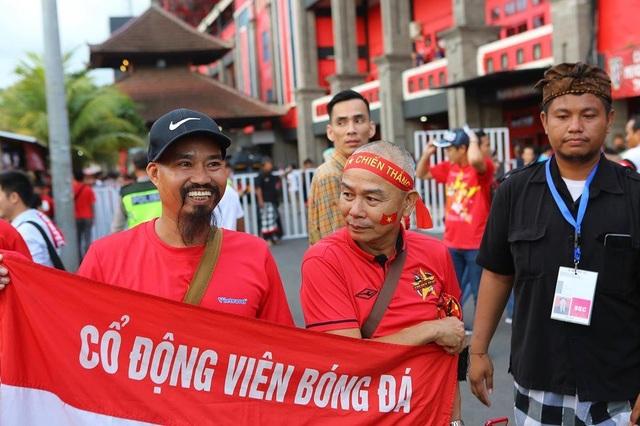 Indonesia 1-3 Việt Nam: Chiến thắng thuyết phục - 39