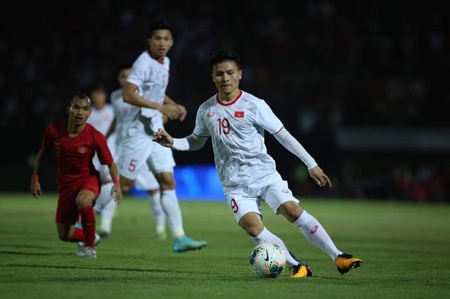 Indonesia 1-3 Việt Nam: Chiến thắng thuyết phục - 12