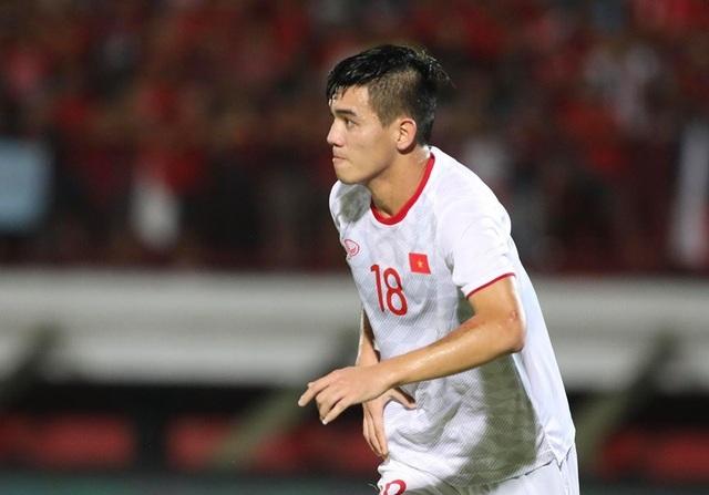 Indonesia 1-3 Việt Nam: Chiến thắng thuyết phục - 6