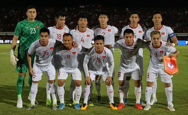 Indonesia 1-3 Việt Nam: Chiến thắng thuyết phục - 22