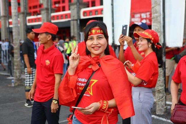 Indonesia 1-3 Việt Nam: Chiến thắng thuyết phục - 41