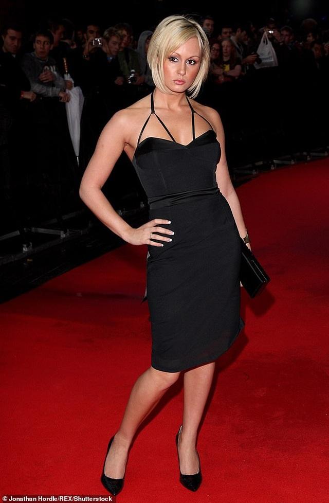 Giảm 20 kg, Chanelle Hayes tự tin diện trang phục gợi cảm - 8